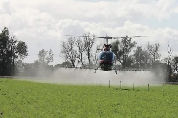 county-helicopters-Spraying 4
