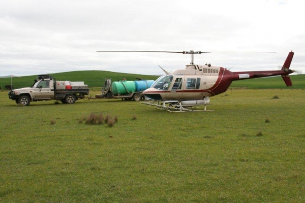 county-helicopters-Spraying6