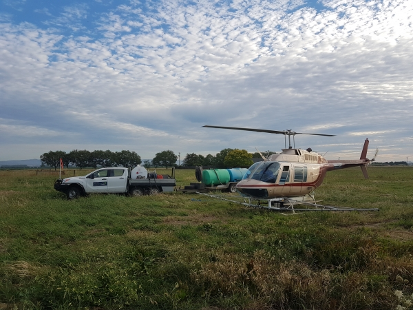 county-helicopters-Spraying9