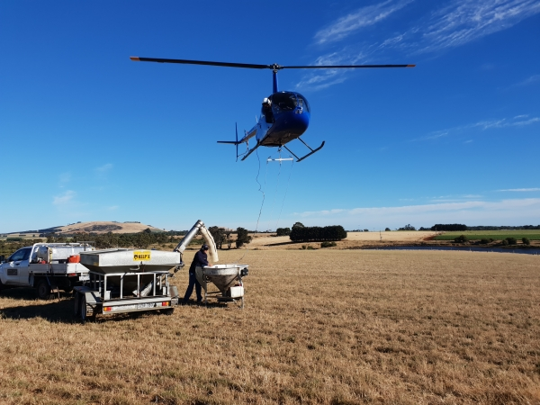 county-helicopters-Fertiliser7